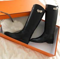 Inverno marcas famosas Key Buckles Mulheres Kelly Ao longo do joelho botas Grey Black Brown Ladies Martin Botas Flats Cavaleiro fêmea Botas Botas de combate