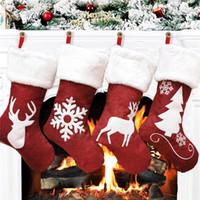 Bas de Noël Décor arbres de Noël ornement décorations de fête de Noël Santa Snow elk Design Bas de bonbons Sacs de cadeaux de Noël