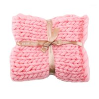 Cobertores macio acrílico acrílico de malha cobertor de mão tecelagem de pografia adereços 2021 tricô primavera outono1