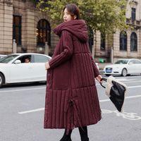 Escudo de la Mujer Chaqueta de invierno X-larga una línea delgada Mujer Fría con capucha del tamaño extra grande Sólido solo pecho de algodón acolchado grueso Parka 201014
