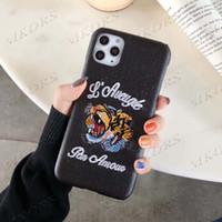 Moda Mektup Tasarım 3D Nakış Kaplan Telefon Kılıfı Için iPhone 12 11 12pro 11pro X XS Max XR 8 7 6 6 S Artı Deri Cilt Kapak Kabuk