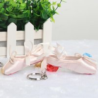 Sahne Giyim Mini Dansçı Saten Bale Anahtarlık Profesyonel Toe Hediye Özel Logo Ayakkabı Anahtarlık Dans TooldT009