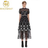 Gelegenheitskleider Self Portrait Vantage Kleid 2021 Sommer Design Schwarzes Mesh Gestickte Blumen Midi O-Neck Kurzarm für Frauen