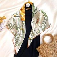 Atkılar Kadınlar Kare Eşarp Tasarımcı Çiçek Baskı Şal Bandana Fular Femme Headwraps Hijab 90 cm * 90 cm1