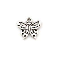250 pz Argento antico Pretty Butterfly Lega di zinco in lega di zinco Charms all'ingrosso collana orecchino braccialetto per gioielli fai da te facendo A-629