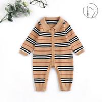 طفل رضيع الشريط رومبير الرضع التلبيب طويلة الأكمام حللا الوليد الوليد الاطفال الحياكة البلوز السروال القصير الأطفال مصمم الملابس A4537
