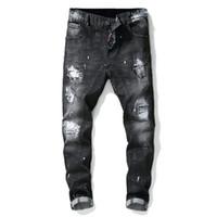 Brand designer uomini famosi moda strappato biker jeans uomo angosciato moto denim joggers lavato Pantaloni jeans moto pieghettati spedizione gratuita