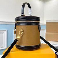 2021 Настоящая кожа Классические пресбиопические сумки в кошельки Канны PETIT NOE Моделирование Crossbody Bucket Bag Top Ручка и съемный наплечный ремешок