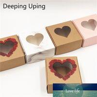 50Pcs Papel Kraft Embalagem Box Com Transparente Janela Embalagem da caixa de presente de casamento Biscoito Doce Bolo Boxes Handmade Flores Favor