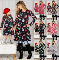 2020 Coincidencia de Navidad de la familia de tela mamá vestido de niña hija de 21 colores Elk muñecos de nieve Los copos de nieve de Navidad de la falda del partido del tema de tela Pullover E101901