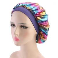 Kadınlar Faux İpek Bonnet Geniş Bant Yumuşak Uyku Kap Glitter Yansıtıcı Gökkuşağı Renkli Kafa Kapsayan Dantelli Saç Dökülmesi Kemo Cap1
