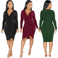 2020 Sexy Deep Neck Dress Dress Donne Elegante Skinny Solid Mini Abiti a maniche lunghe Autunno Inverno Party Club Ploated Dress Vestidos1