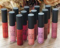 Vente chaude molle mate lèvre crème rouge à lèvres maquillage de charme quotidien de la fête quotidienne marquée brillant maquillage rouges à lèvres lèvres brillance