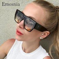 Óculos de sol emosnia 2021 Moda Mulheres Oversized Quadrado Retro Vintage Rivet Sun Óculos de Sol Grande Quadro UV4001