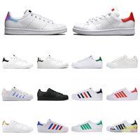 حار بيع 2021 جودة جديدة ستان سميث رخيصة أزياء الرجال النساء النجوم الثلاثي الأسود كل الأبيض شقة عارضة الأحذية الرياضية مصمم أحذية رياضية