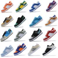 2020 جديد جديد رجل إمرأة الركض الأحذية SB dunks منخفضة كنتاكي ترافيس سكوتس أسود أبيض fashiontrainers الأحذية حجم 5.5-11.5