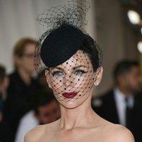 Womens Felt Headpieces Topper Mesh Fishnet Sluier Small Pluche Wave Point Decor Haarklemmen Bruiloft Bridal Cocktail Headwear Accessoire