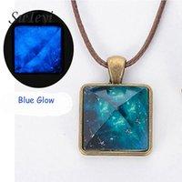 Suteyi exterior espacial estrela de poeira colar triângulo geométrico magia colar de cristal brilho nas mulheres pirâmide escuro pendant1