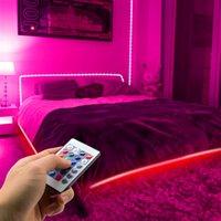 Vente chaude Télécommande 12V-5050 RGB Wifi 10 mètres 24 Clés 300 lumières (40W) Light Strip double disque Discount haute qualité