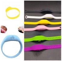 Sanitizer pulseiras mão Garrafa Mens Lady Silica Gel Pulseira Relógios Silicone Wearable dispensador de sabão líquido amigável de Eco Moda 5yc G2