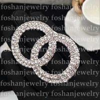 Top Designer Broche Célèbre lettre Diamond Broches Pin Tassel Femmes Broche de luxe Broche Bijoux Décoration de vêtements