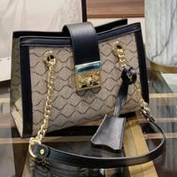 NUEVO Cadena de la bolsa de hombro Messenger Bag Damas Travel Equipaje Letter Classic Lock Decoration Hostp Women Monedero Envío Gratis