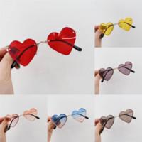 WVCLD con nuevo para diseñador de marca 2021 Marco completo Glasses Llano Glasses Hombres y Mujeres Color Color Caramelo Polarizar Vidrios de amor Gafas de sol