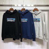 Fashion Brand New Autunno Inverno con cappuccio Peluche Peluche e Travi stampati da donna X Patagonia Pullover di montagna