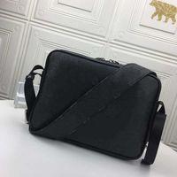 2021 New Messenger Bag Bolso de cintura al aire libre Bolso Diseñador de moda One Hombro Mensajero Bolsa Bolso Cuero de alta calidad