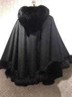 scialle di lana al 100% con pelliccia naturale collare basso taglio con pellicola cappuccio mantello invernale pelosi nozze autunno bianco di lusso