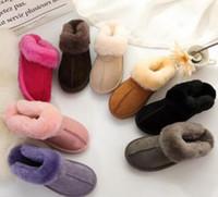 HOT SELL Design classique 51250 pantoufles en peau de mouton de chèvre chaud peau bottes de neige bottes Martin bottes courtes femmes gardent des chaussures chaudes Livraison gratuite 88