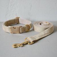 Собака ошейники поводки бесплатные гравированные волоконные воротника из ткани набор для среднего большого домашнего ожерелья с бабочкой галстук хаки бархат веревки рождественские украшения