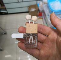 Vidro do carro Perfume Bottle Personalidade 8ml Cube Moda virar a braçadeira de carro Ambientador essenciais Oil Difusor garrafas vazias 1 8zk K2