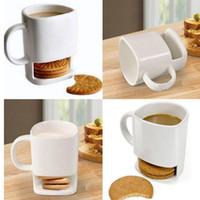 Taza de cerámica blanca de té del café Galletas Leche Postre Copa de la taza de té Side Pockets Cookies Holder para Ministerio 250ML YHM43