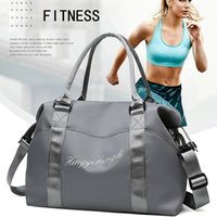 Outdoor Sports Gym Bags Men Women Fitness Training Yoga Mat Bag Travel Handbag Waterproof Sport Bag Ladies Luggage Bags Sac De Q0113