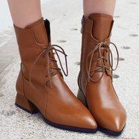 Bottes de cheville Doublure en peluche de peluche Chaussures Chaussures à lacets Bottes à lacets Nouveau Simple Polyvalent Hiver Pointaillé Cuir plat Taille 34-42