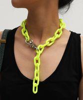 الاكريليك طويلة سلسلة قلادة البوهيمي مكتنزة قفل البلاستيك المختنق طوق قلادة قلادة للنساء بيجو الأزياء الملحقات