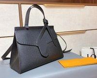 2021 Yeni Lüks Tasarımcı Çanta Moda Omuz Çantaları Siyah Taşınabilir Çanta Klasik Messenger Çanta Kadın Deri Çanta Çanta K04