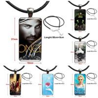 Collares colgantes para las mujeres Collar de moda Hecho a mano Rectángulo Forma Gargantilla Joyería Multi diseños Érase una vez Poster1