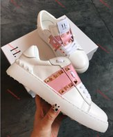 Valentino shoes 2020 Top Luxe Chaussures Descuento Chaussure Design De Luxe Femmes Blanc Noir Chaussure Cestas Hommes Femmes Zapatos casuales