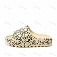 Sandali occidentale scorrere Graffiti Bone resina Desert Sand gomma Designer pantofole Estate Brown piatto Beach Uomini Donne Schiuma Runner grandi dimensioni 36-45