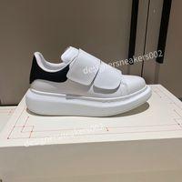Prada shoes 2021men Sandalet Retro Balıkçı Ayakkabı Mesh Nefes Yuvarlak Ayak Dantel Yukarı Sığ Düz Tembel Ayakkabı CX201002