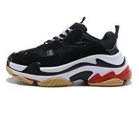 2020 Satış Yeni Marka 17 Üçlü S Platformu Sneakers Erkekler Bayanlar Siyah Kırmızı Beyaz Yeşil Koşu Ayakkabıları Artırmak Açık Sneakers Boyutu 36-45