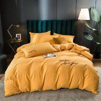 Minimalista New Design Bedding Conjuntos Sólido Color Red Set Sentimento Queen King Size Size Cama de Cama Devet Capa Almofada Casos de travesseiro1