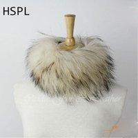 Beanie / Caps de cráneo HSPL CDS125 Europa Redonda de punto de piel de mapache para mujer Cap en invierno puede usarse como bufanda1