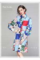 أزياء أنيقة المرأة المدرج فساتين 2021 ربيع الطباعة اللباس التلبيب الرقبة فانوس طويل الأكمام عارضة ارتداء