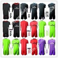 NUOVO 2020 2021 Bambini Soccers Jerseys Maniche lunghe Kit Kit Kit Camicia da calcio 20 21 1 Navas 13 Courtois Portiere Boys Boys Youth Football Uniformi