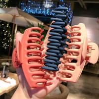 Dropshipping Hot Grande Plate Cabelo Clipe Feminino Headdress Chuveiro Cabeça Cabeça New Big Shark Clip