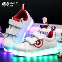 Taille 25-37 enfants Glowing Led Sneakers lumineux Chaussures pour Garçons Filles Light Up Enfants Casual 7 couleurs USB Charge Lighted Chaussures