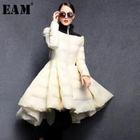 [EAM] 봄 여성 단색 긴 소매 접합 블랙 스탠드 칼라 스커트 타입 느슨한 다운 재킷 LD0460 201022을 따뜻하게